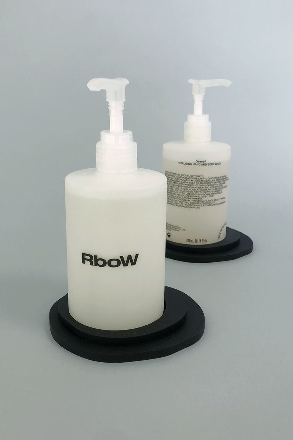 JH.SEO x RBOW HOLDER + BODY WASH OOOOOF SET (after 6/15 delivery)